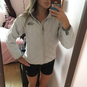 The North Face Synthetic Jacket Off-White (XS)